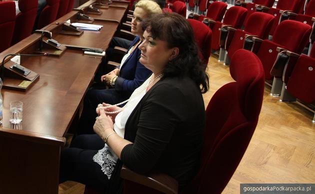 Radna Lidia Błądek (na pierwszym planie).Fot. Podkarpackie.pl