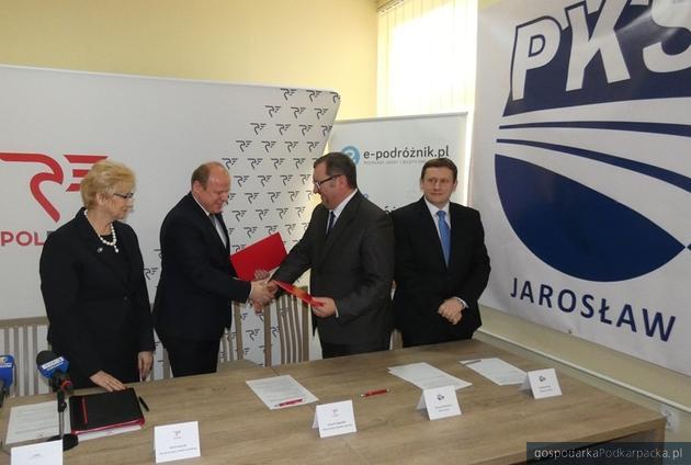 Polregio i PKS Jarosław nawiązują współpracę