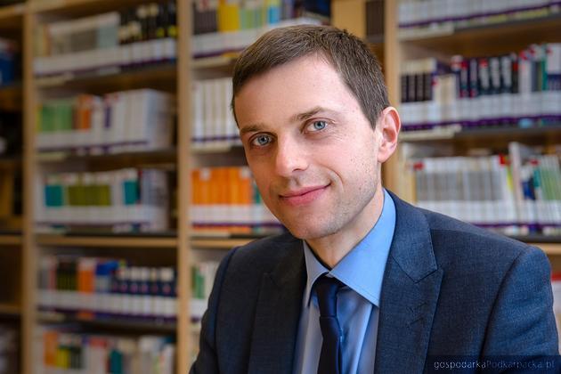 Dr Mariusz Ruszel