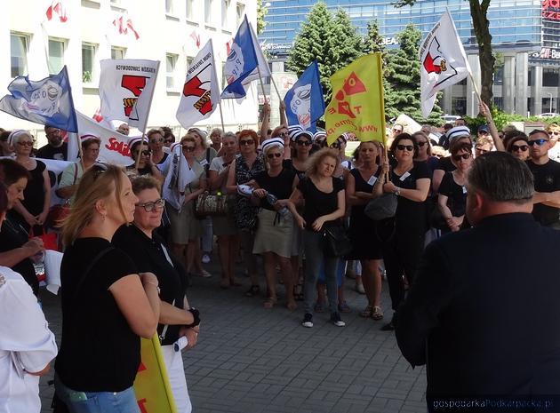 Dyrektor Szpitala Wojewódzkiego nr 2 odpowiada protestującym