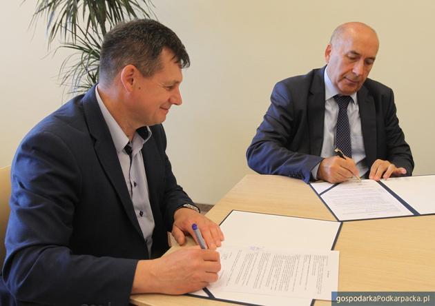 Politechnika Rzeszowska będzie współpracować z Grupą Ożarów S.A.