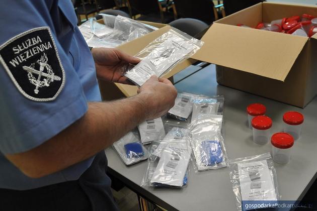 Nowe testy do wykrywania narkotyków trafiły do służby więziennej