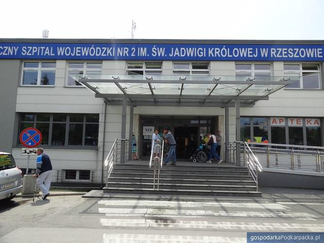 Protest pielęgniarek i części personelu w szpitalu przy Lwowskiej w Rzeszowie