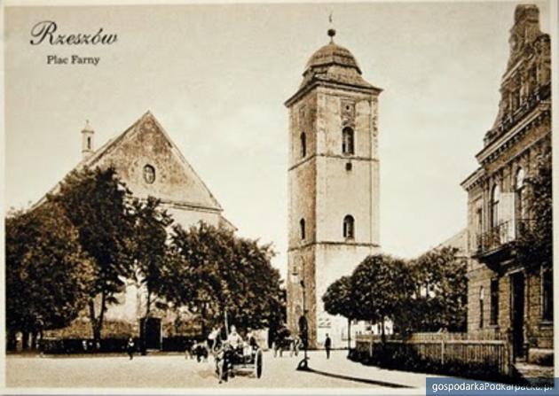 249 lat temu powstała dzwonnica kościoła Farnego w Rzeszowie
