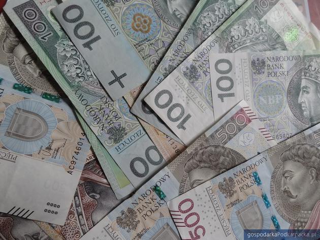 25 mln zł dla podkarpackich przedsiębiorców na rozwój i inwestycje
