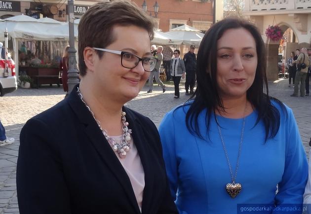 Od lewej: Katarzyna Lubnauer i Anna Skiba na rzeszowskim Rynku podczas kampanii wyborczej w październiku 2018 r. Fot. Adam Cyło