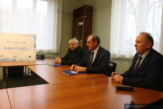 Budowa Oddziału Ratunkowego w Jarosławiu – umowa podpisana