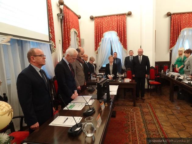 Rzeszowscy radni uczcili pamięć prezydenta Adamowicza