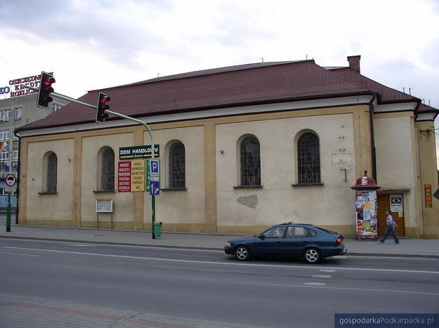 Synagoga Nowomiejska w Dębicy. Fot. Ireneusz Socha commons.wikimedia.org