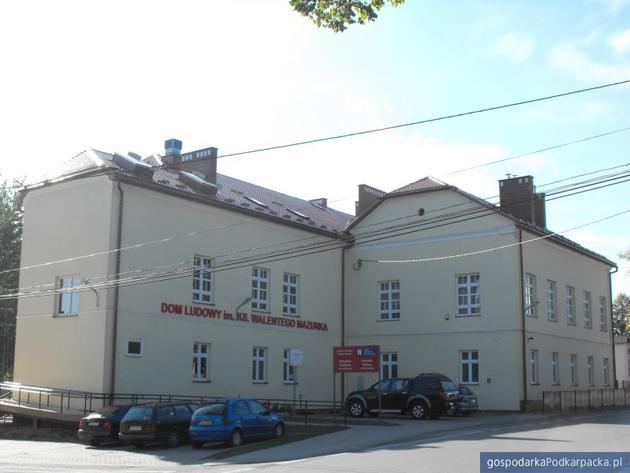 Ośrodek Kultury w Kraczkowej (Dom Ludowy im. ks. Walentego Mazurka)