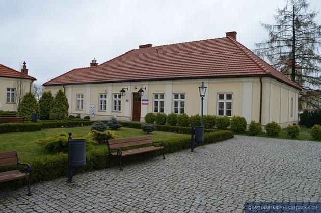 Dwór Starościński, obecnie Muzeum Ziemi Leżajskiej. Fot. starostwo.lezajsk.pl