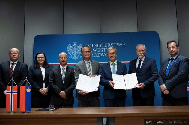 Ponad 129 mln euro na wsparcie badań naukowych z Funduszy norweskich i EOG