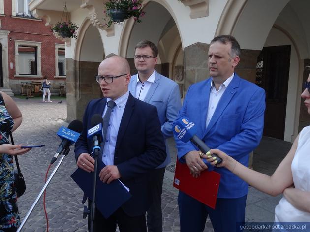 """Sesja Rady Miasta Rzeszowa w sprawie """"ideologii LGBT"""""""