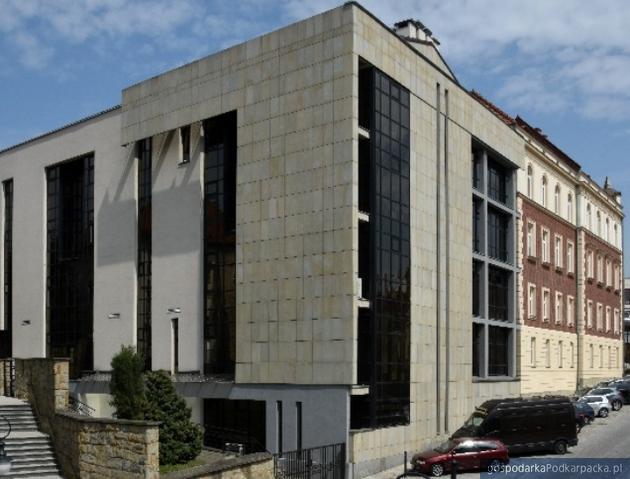 Kilka parkingów w Krośnie będzie płatnych
