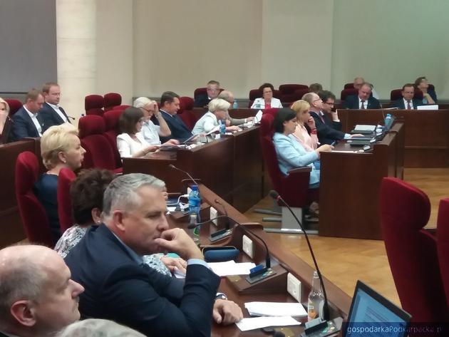 Marszałek i zarząd województwa dostał absolutorium i wotum zaufania