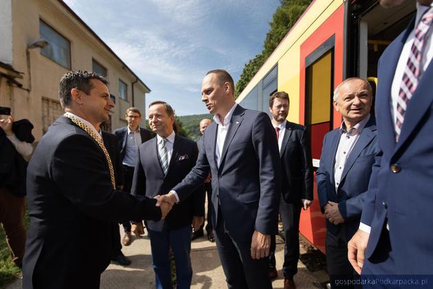 W spotkaniu brał wiceminister infrastruktury Rafał Weber. Fot. Michal Mielniczuk