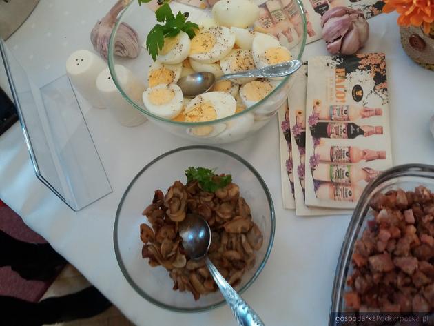 """Polacy są skłonni więcej zapłacić za polską żywność, bo nie jest """"uprzemysłowiona"""""""