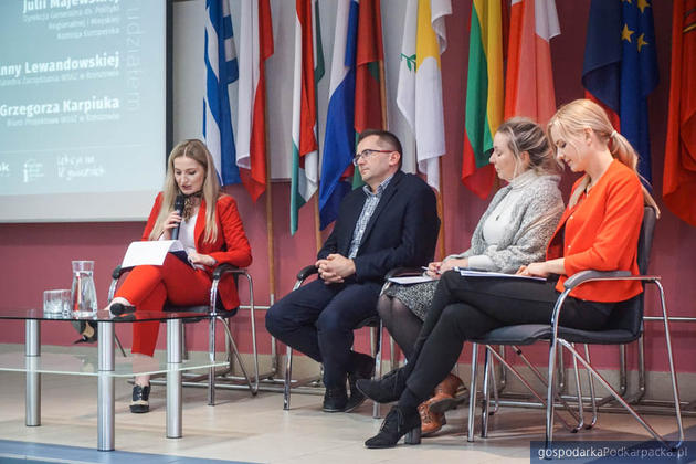 W Rzeszowie dyskutowano o budżecie UE dla Polski i Podkarpacia