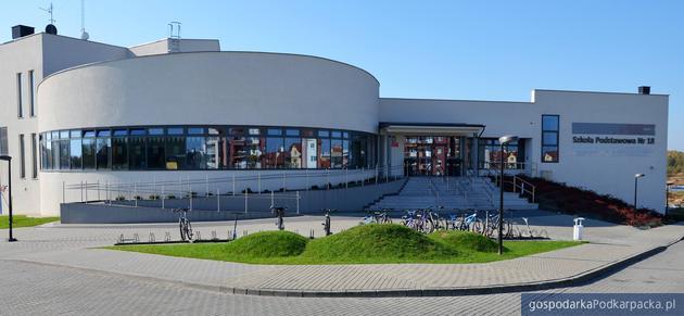 Szkoła Podstawowa nr 18 w Rzeszowie. Fot. Facebook