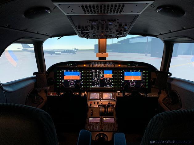 Wzorowa Usługa: P.P.H.U. Royal-Star Krzysztof Pawełek za Innowacyjną usługę szkoleniową pilotów lotniczych