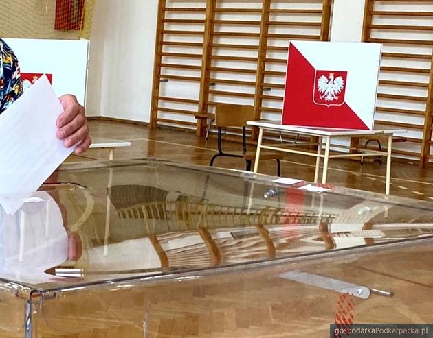 Wybory porezydenckie 2020, II tura. Niska frekwencja w Rzeszowie, godz. 12.00