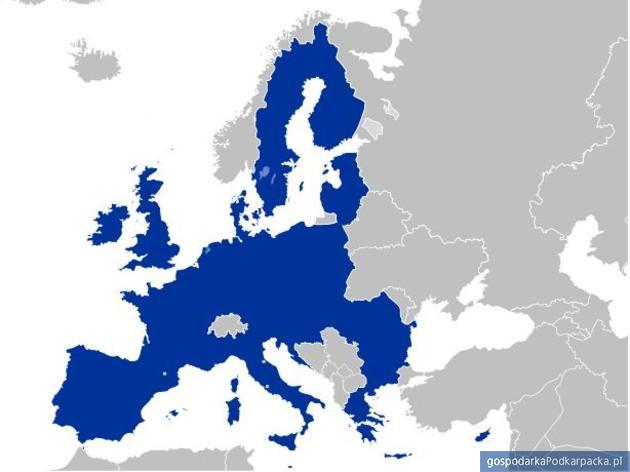 Kolejna obniżka cen roamingu w Unii Europejskiej
